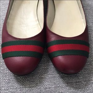 Authentic Gucci ballet flats red w/green size 38 8